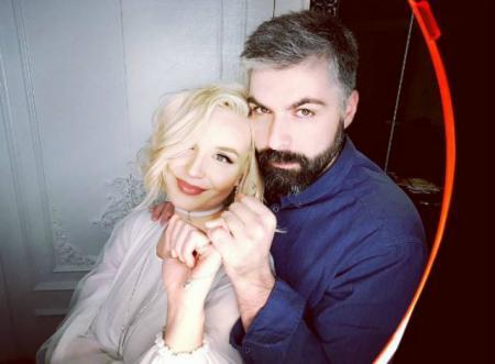 Дмитрий Исхаков рассказал об их с Полиной Гагариной новорожденной дочери и жизни после ее появления
